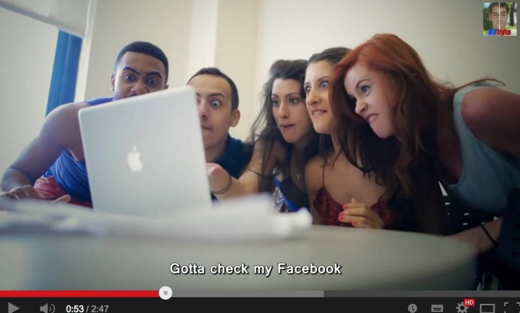 Gotta check my Facebook on an Apple - Video https://www.youtube.com/watch?v=Y2JhpNbe2Io, © AVbyte (22.12.2013)