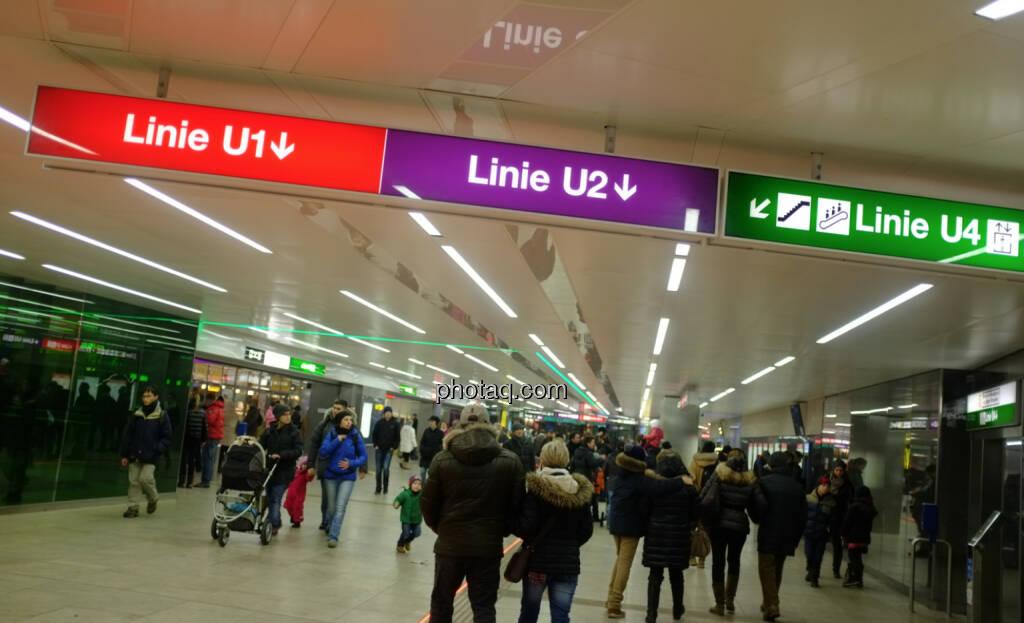 U-Bahn, U1, U2, U4 (22.12.2013)
