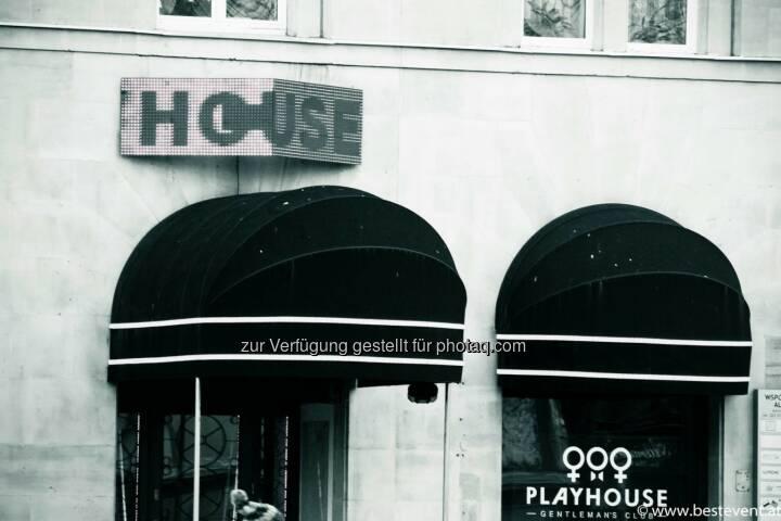 Warschau House