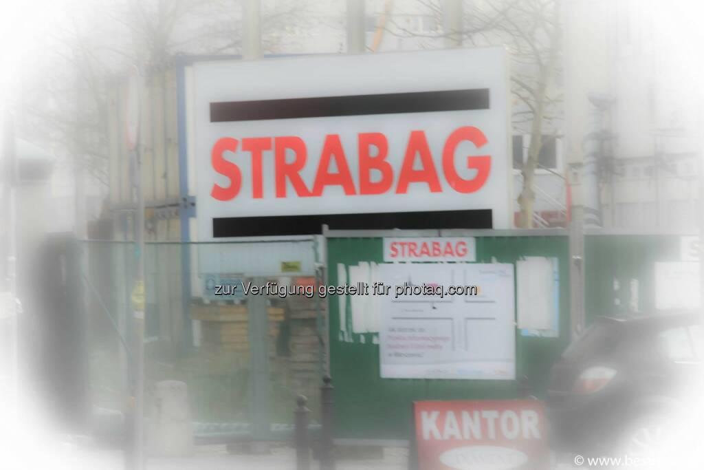 Warschau Strabag, © Herbert Gmoser (25.12.2013)
