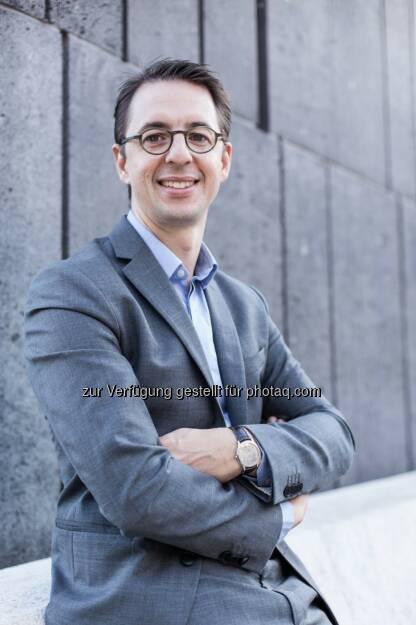 Lukas Stühlinger: Ab 1. Februar 2014 komplettiert er neben Horst Ebner das Vorstandsduo der oekostrom AG. Der Finanzexperte mit Energie-Background übernimmt die Verantwortung für den Produktions- und Finanzbereich. Ebner ist weiterhin als Vorstand für die Bereiche Marketing, PR und Vertrieb verantwortlich (c) Thomas Kirschner (25.12.2013)