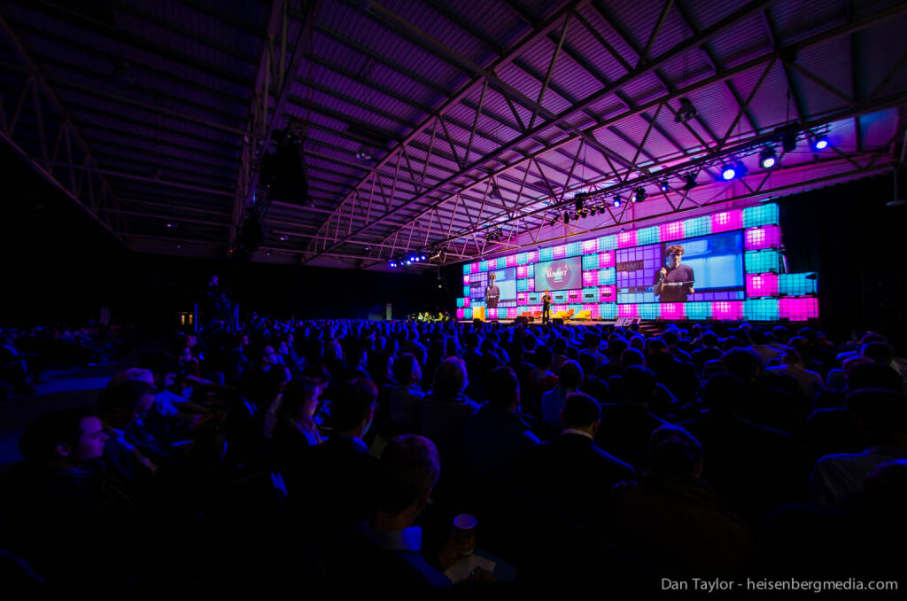 Dan Taylor: One of my favorite photos of the year. This was captured at the Dublin Web Summit this past October and features Paddy Cosgrave on the main stage in front of a packed house. I believe that this image captures the vibrancy of the event, as well as the scale of the stage and audience. http://www.heisenbergmedia.com, © beigestellt (28.12.2013)