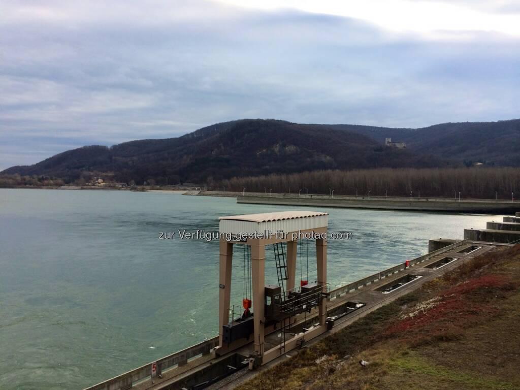 Verbund Kraftwerk Greifenstein, Donau, Burg Greifenstein, © Martina Draper (29.12.2013)