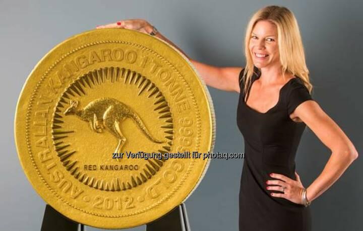 """Die größte Goldmünze der Welt wird am 27. Januar von 14.30 bis 20.00 Uhr und am 28. Januar von 09.00 bis 17.30 Uhr im Münchner Goldhaus von pro aurum ausgestellt. Der sogenannte """"Red Känguru"""" wurde von der Perth Mint hergestellt, der australischen Münzprägeanstalt (c) pro aurum"""