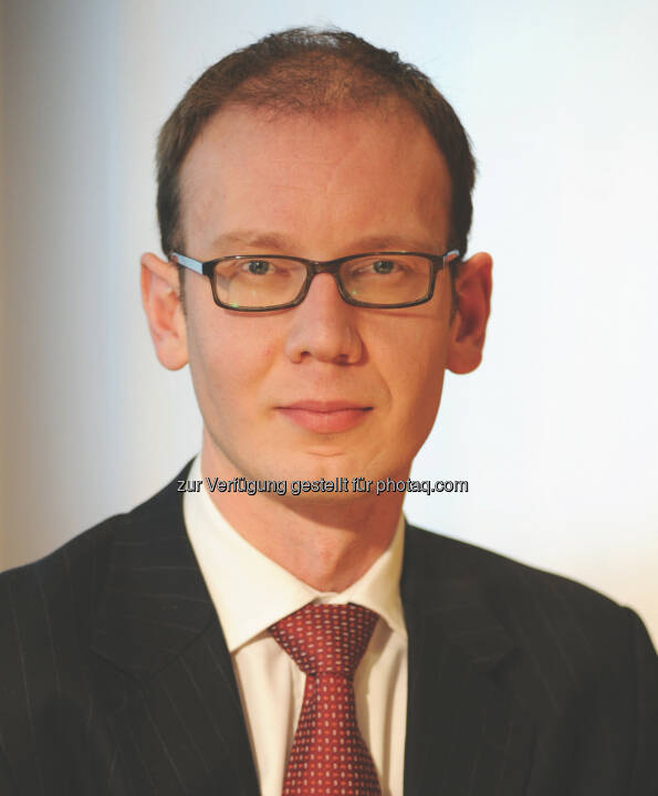 James Tomlins ist mit Wirkung zum 1. Januar 2014 zum Co-Manager des EUR 1,6 Milliarden schweren M&G High Yield Corporate Bond Fund ernannt worden. Er verwaltet den Fonds zukünftig gemeinsam mit Stefan Isaacs (c) Aussendung