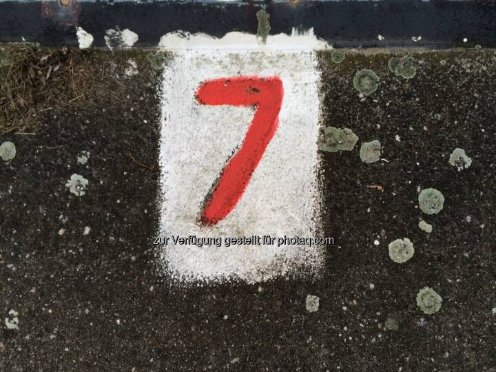Sieben, 7