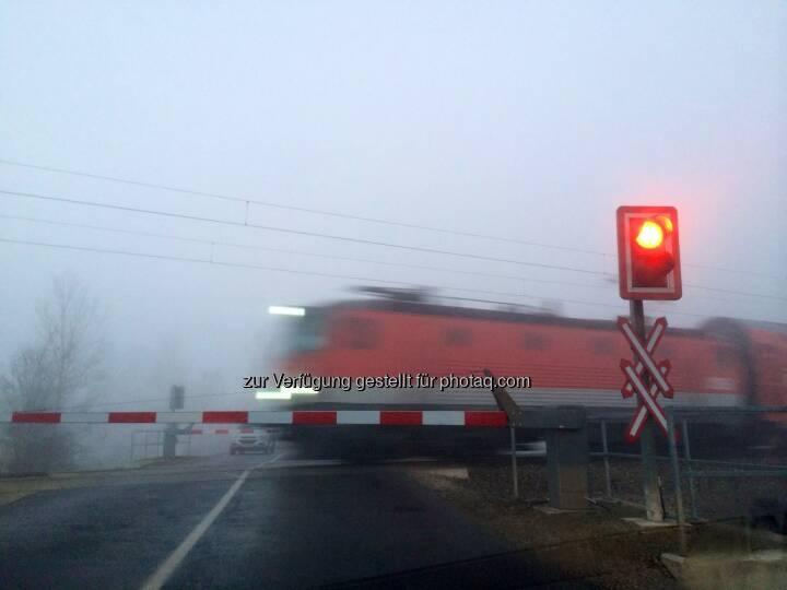 Bahnschranken, Zug