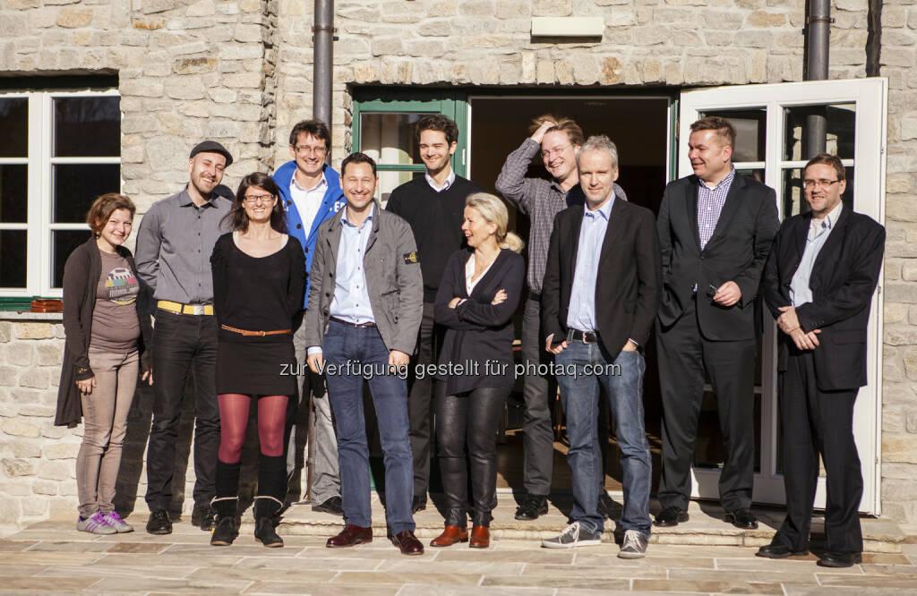 Für Lukoil auf der Rax: Lisi Mayer-Liebel (DT Trend), Mario Kraussler (Tripenta), Susanne Trhal (Team Sisu), Paul Blažek (cyLedge Media), Sirius Alexander Pansi (Falstaff), Thomas Erkinger (Eoss Industries Holding), Daniela Grüneis (DT Trend), Andreas Neuherz (neo-lernhilfen.at), Christian Drastil (boerse-social.com), Martin Wohlmuth (Synercon Finanz- & Unternehmensberatung), Rinaldo Wurglitsch (IQ Soft) , © Tripenta / Peinhaupt (13.01.2014)