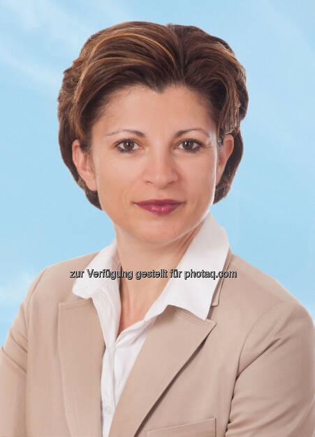 Tatjana Lulevic-Heyny (45) wird als Vice President Sales die Leitung des Verkaufsbereichs der Austrian Airlines Gruppe mit 10.2.2014 übernehmen. Die gelernte Handelswissenschafterin folgt Christina Hackl nach, die das Unternehmen verlassen hat. (Bild: AUA) (15.01.2014)