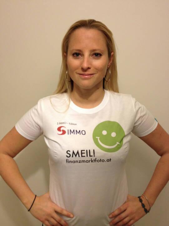 Crowdinvesting Smeil!, Karin Timmel, Conda (Shirt in der S Immo-Kollektion)