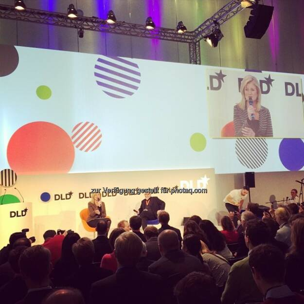 Arianna Huffington und Paulo Coelho auf der DLD (Digital-Life-Design), © Ali Mahlodji (20.01.2014)