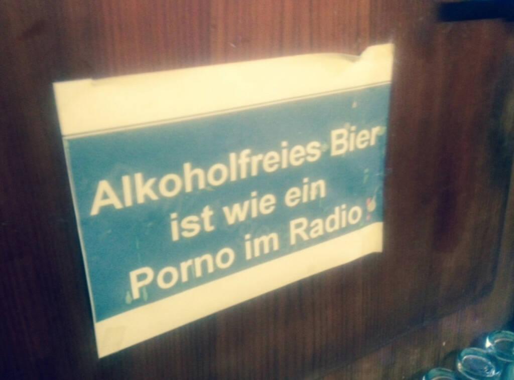 Alkoholfreies Bier ist wie ein Porno im Radio (20.01.2014)