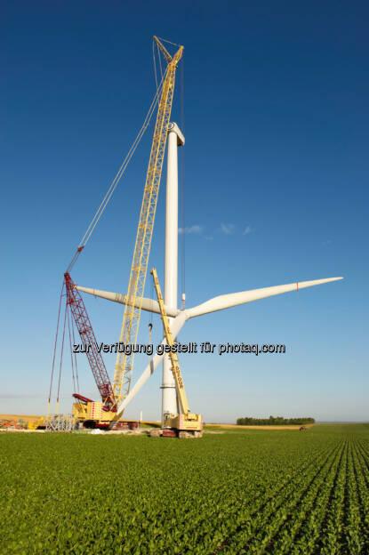 Frankreich , Windenergie, Aufbau einer Nordex N100 gamma im Windpark Germinon in der Champagne, Frankreich. (c) Foto: Jan Oelker / Nordex, jan.oelker@gmx.de, © Nordex SE  (21.01.2014)