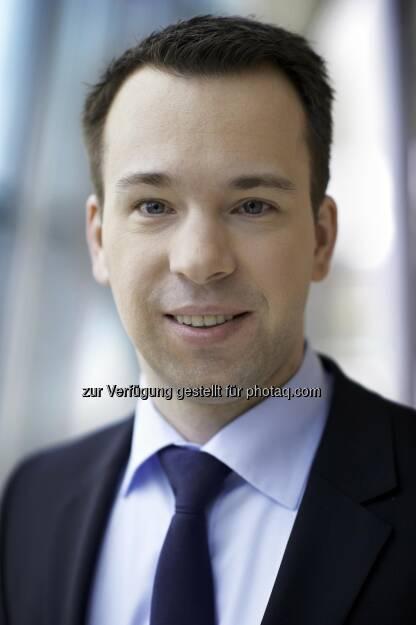 Christian von Engelbrechten, Fondsmanager des Fidelity Germany Fund:Deutsche Aktien bleiben aussichtsreich. Zwar dürfte der Kurszuwachs geringer ausfallen als 2013, da die Bewertungskomponente aufgrund des gestiegenen Anlegervertrauens schon aufgeholt hat und nun die Gewinnsteigerungen verstärkt im Fokus stehen. Ich gehe aber dennoch davon aus, dass deutsche Aktien bis Ende 2014 um über zehn Prozent zulegen werden (c) Fidelity, © Aussendung (21.01.2014)