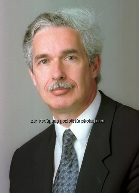 """Otto Lucius, Vorsitzender des Vorstandes des Österreichischen Verbandes Financial Planners: Finanzberatung ist eine hochkomplexe Materie, die nur von Spezialisten mit umfangreichen Fachkenntnissen, einem reichen Erfahrungsschatz und hohen ethischen Standards durchgeführt werden kann. Darüber herrscht mittlerweile Einigkeit bei einem Großteil der Konsumenten. Dieses gesteigerte Qualitätsbewusstsein auf Kundenseite ist daher auch einer der wichtigsten Gründe für den starken Zulauf, den sowohl die heimischen als auch die internationalen CFP-Berater in den vergangenen Jahren verzeichnen konnten"""" (c) Studio Huger (21.01.2014)"""