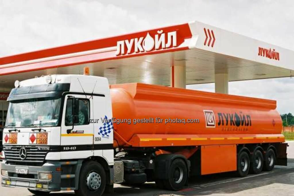 Tankwagen, Tankstelle, Lukoil, © Lukoil (Homepage) (22.01.2014)
