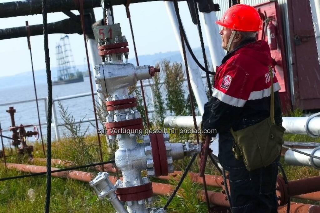 Ölarbeiter, © Lukoil (Homepage) (22.01.2014)