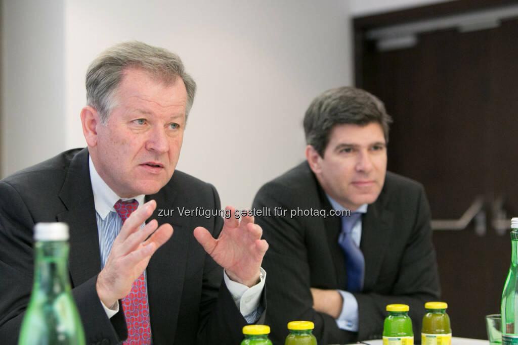 Eduard Zehetner (CEO Immofinanz) und Stefan Frömmel (Vorstand Aviso Zeta), © Martina Draper für Immofinanz (22.01.2014)