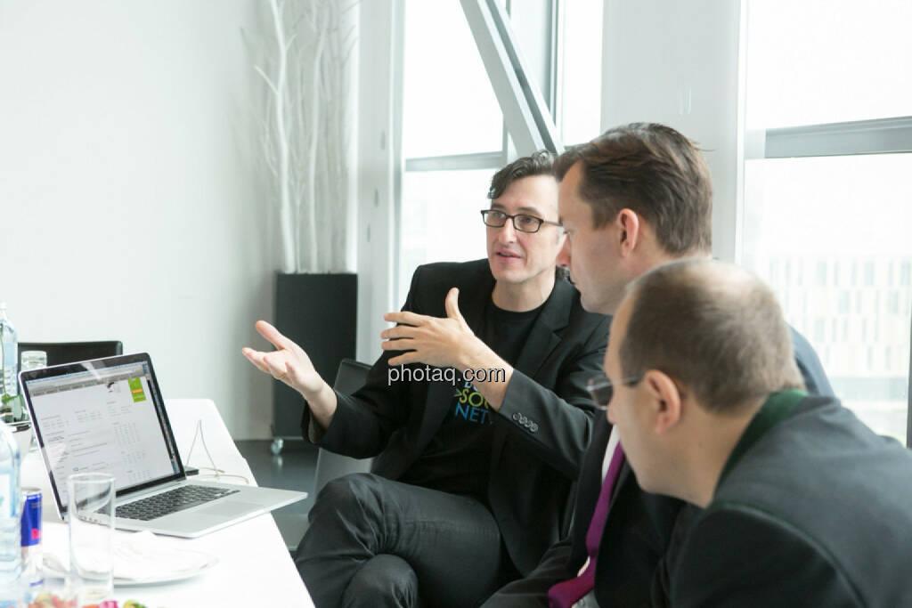 Josef Chladek, Gerhard Kürner (voestalpine), Paul Rettenbacher (THI), © finanzmarktfoto.at/Martina Draper (24.01.2014)