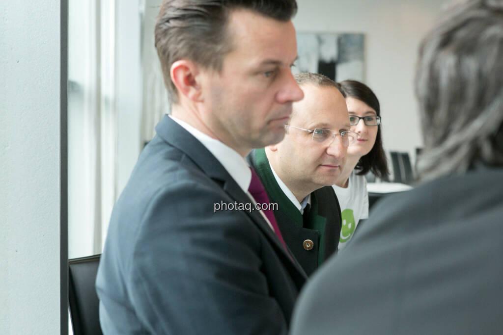 Gerhard Kürner (voestalpine), Paul Rettenbacher (THI), Susanne Trhal (Team sisu), © finanzmarktfoto.at/Martina Draper (24.01.2014)