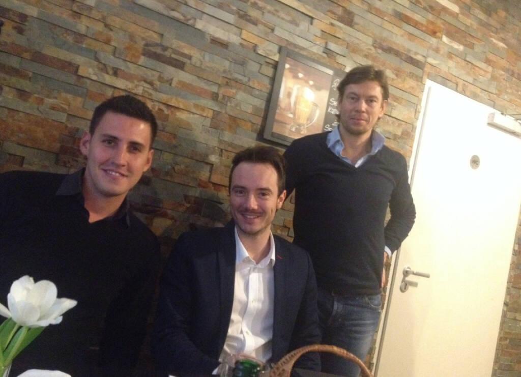Mit Carlos Gomez, Julian Wiehl und Thomas Polak im Vangardist-Talk bei der Motiwirtin in Wien 9 (25.01.2014)