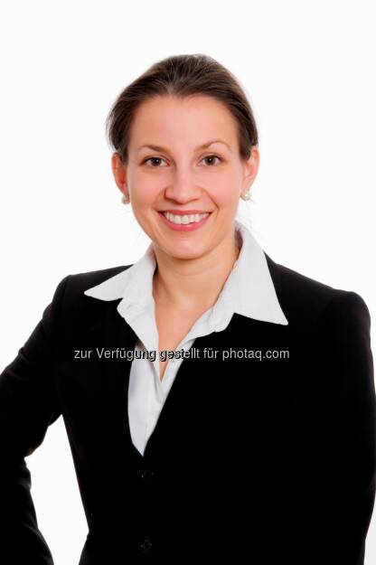 Ursula Rath wird mit 1. Februar 2014 Equity Partner der zentraleuropäischen Rechtsanwaltskanzlei Schönherr. Rath ist spezialisiert auf den Bereich Banking, Finance & Capital Markets und hat in den letzten Jahren einige der größten Kapitalmarkttransaktionen in Österreich federführend betreut. (C) Schönherr (27.01.2014)
