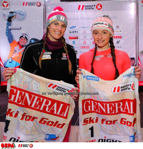 Sporthilfe Charity Race. Bild zeigt Victoria Schwarz und Ana Roxana Lehaci (AUT). Foto: GEPA pictures/ Wolfgang Grebien, © GEPA/Sporthilfe (27.01.2014)