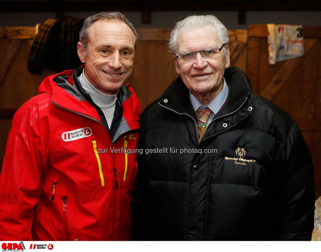 Sporthilfe Charity Race. Bild zeigt Geschaeftsfuehrer Anton Schutti (Sporthilfe) und Praesident Hermann Kroell (Special Olympics Oesterreich). Foto: GEPA pictures/ Wolfgang Grebien, © GEPA/Sporthilfe (27.01.2014)