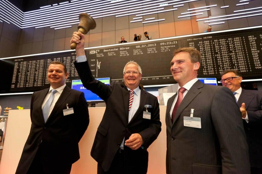 Wolfgang Dehen (CEO Osram Licht AG) läutet das Lichtzeitalter an der Börse ein (C) Jean-Luc Valentin, © Osram Licht AG (Homepage) (29.01.2014)