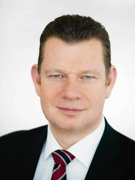 Peter Laier, Mitglied des Vorstands, Technikvorstand (CTO), Osram Licht AG, (c) 2012 Thomas Dashuber, © Osram Licht AG (Homepage) (29.01.2014)
