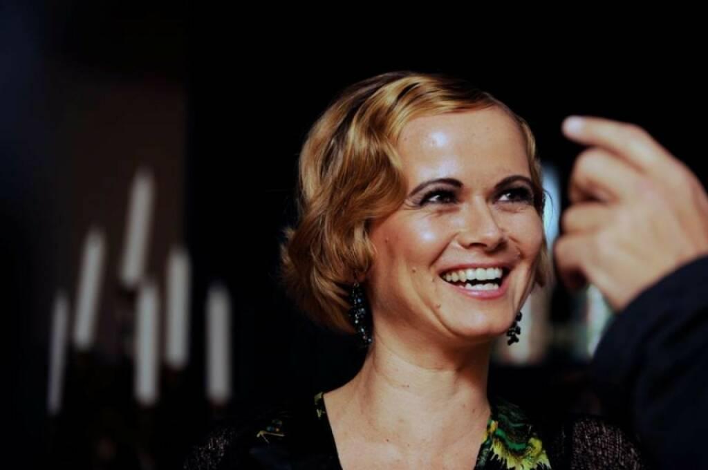 Hana Cygonkova, Erste Group (30. Jänner), finanzmarktfoto.at wünscht alles Gute!, © entweder mit freundlicher Genehmigung der Geburtstagskinder von Facebook oder von den jeweils offiziellen Websites  (30.01.2014)