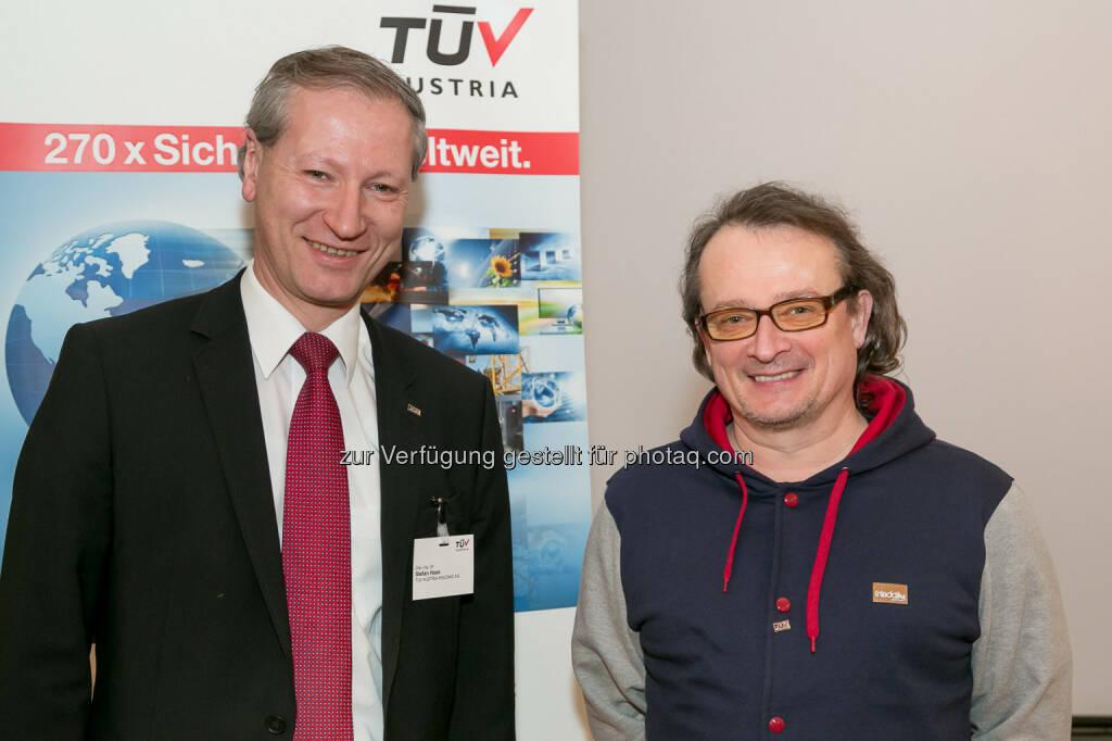 Stefan Haas (CEO TÜV Austria Gruppe), Bernhard Heinzlmaier (Vorsitzender Institut für Jugendkulturforschung), © TÜV Austria/APA-Fotoservice/Schedl (03.02.2014)