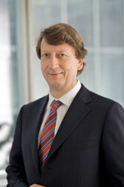 Wolfgang Schaefer, Mitglied des Vorstands der Continental AG. Verantwortlich fuer Finanzen, Controlling, Compliance, Recht und IT, © Continental AG (Homepage) (03.02.2014)