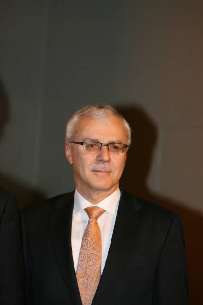 Heinz-Gerhard Wente, Mitglied des Vorstands. Verantwortlich fuer die Division ContiTech, Einkauf Konzern, © Continental AG (Homepage) (03.02.2014)