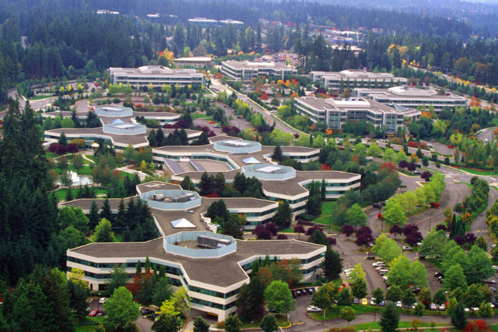 An aerial view of Microsoft Main Campus, Redmond, Washington, © Microsoft Corp. (Homepage) (04.02.2014)