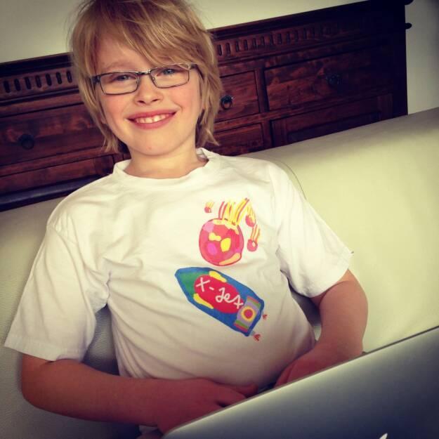 """Ian Thomas Steiner startet sehr früh up: Der 9-jährige veröffentlicht iOS Spiel """"Meteor Kids"""" im Apple App Store - http://www.christian-drastil.com/2014/02/08/der_9-jahrige_sohn_eines_ex-kollegen_veroffentlicht_ios_spiel_meteor_kids_im_apple_app_store (08.02.2014)"""