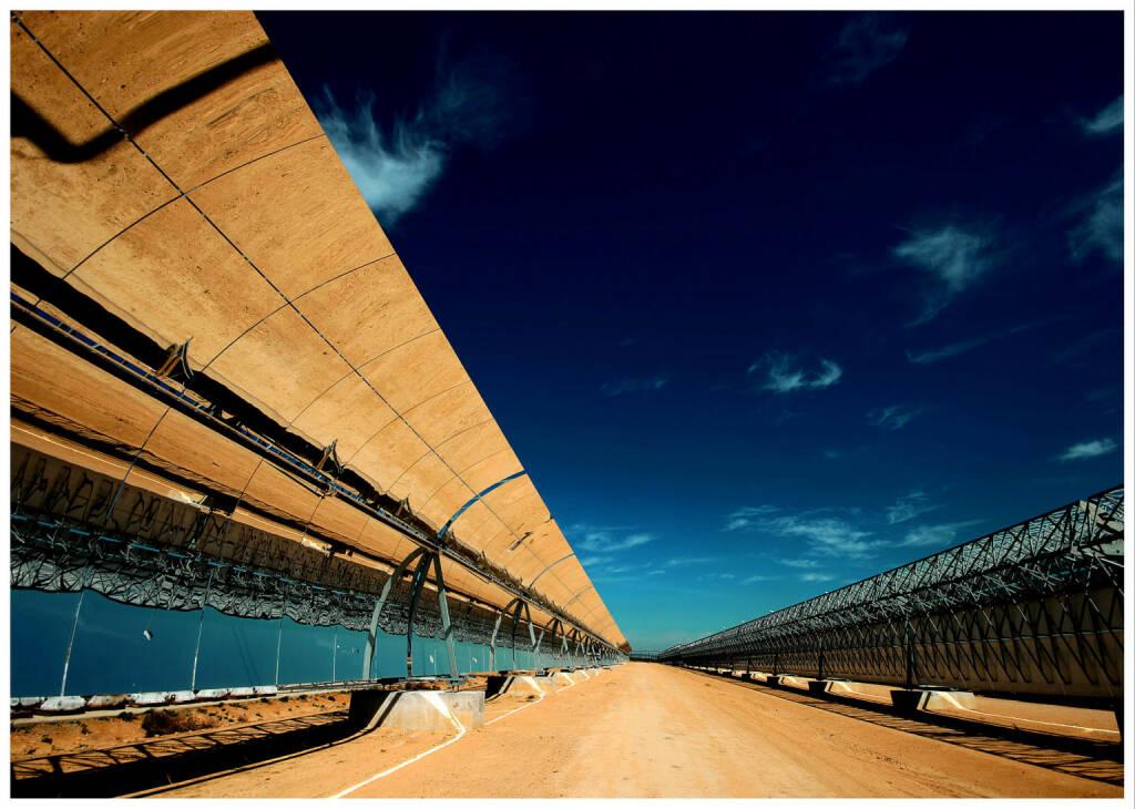 Solarthermisches Kraftwerk mit Parabolic-Trough-Technologie, E.ON AG, © E.ON AG (Homepage) (08.02.2014)