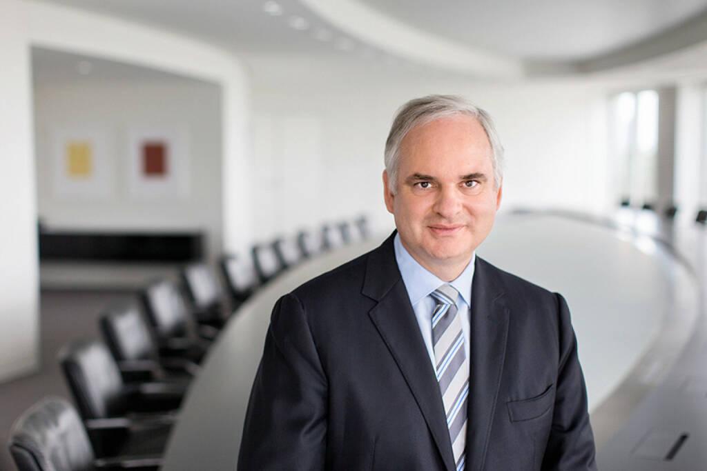 Johannes Teyssen, Vorsitzender des Vorstands E.ON AG, (C) Christian Schlueter, © E.ON AG (Homepage) (08.02.2014)