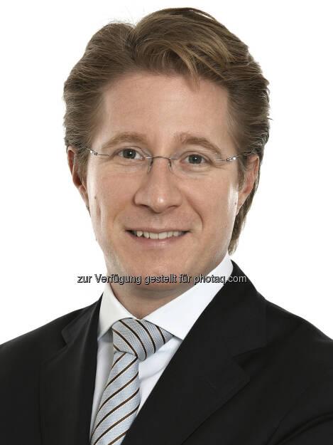 Wolfgang Tichy (37) wurde mit Februar 2014 zum Partner der zentraleuropäischen Rechtsanwaltskanzlei Schönherr ernannt. Der auf Immobilien- und IT Recht spezialisierte Anwalt ist seit 2005 bei Schönherr und seit seinem Eintritt in der Immobilienrechtspraxis tätig. (Bild: Schönherr) (11.02.2014)