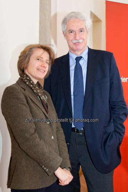Susanne Kalss (Professorin am Institut für Zivil- und Unternehmensrecht an der Wirtschaftsuniversität Wien), Otto Lucius (Geschäftsführer Bank Verlag) (Bild: Foto Weinwurm) (12.02.2014)