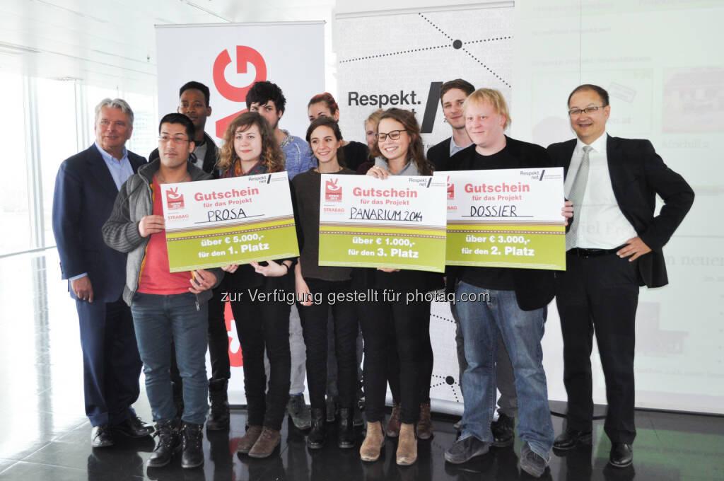 Preisverleihung des Respekt.net Weihnachts-Awards: Hans Peter Haselsteiner, Gewinnerprojekte: Prosa, Panarium, Dossier und Martin Winkler (Präsident Verein Respekt.net), © Aussendung (12.02.2014)