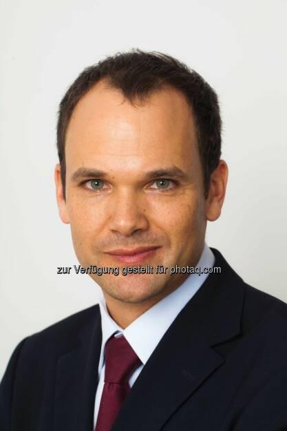 """Wilhelm Huber (Dir. of International Marketing, William Hill Online) präsentierte die neue TV-Kampagne von William Hill, den Spot """"Right Hand"""" (Bild: William Hill) (13.02.2014)"""