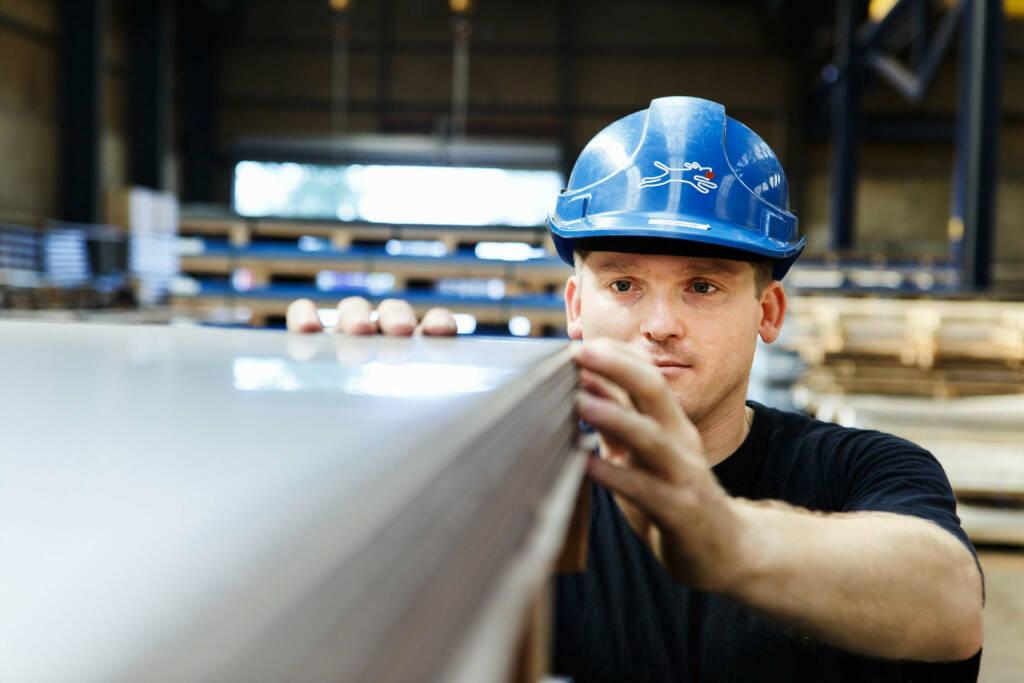 Klöckner & Co SE, Qualitätskontrolle, © Klöckner & Co (Homepage) (13.02.2014)