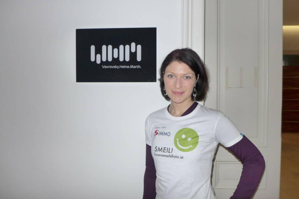 Rechtsanwälte Smeil: Irina Bernert, PR & Marketing, Vavrovsky Heine Marth Rechtsanwälte vim-law.at,  Shirt in der S Immo-Edition (14.02.2014)