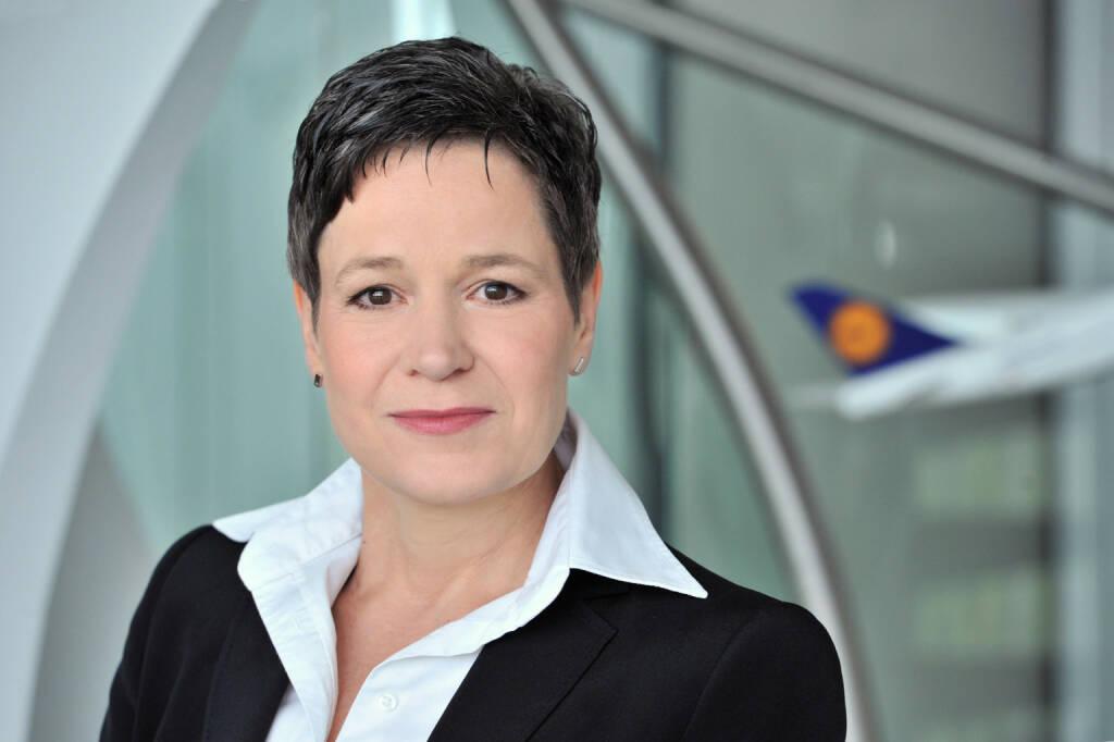 Simone Menne, Vorstand Finanzen und Aviation Services, Lufthansa AG, (C) Jürgen Mai, © Lufthansa AG (Homepage) (17.02.2014)