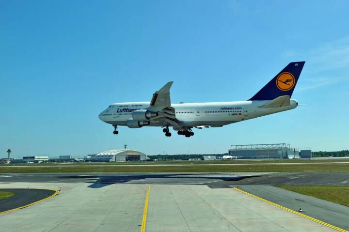 Lufthansa Boeing B747-400 Landung, (C) Kerstin Roßkopp