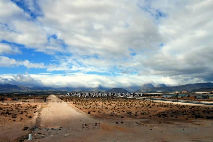 Desert Skies, Wüste (2013)