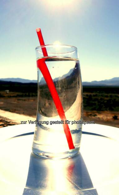 The Red Straw (2013), © Dietmar Scherf (17.02.2014)