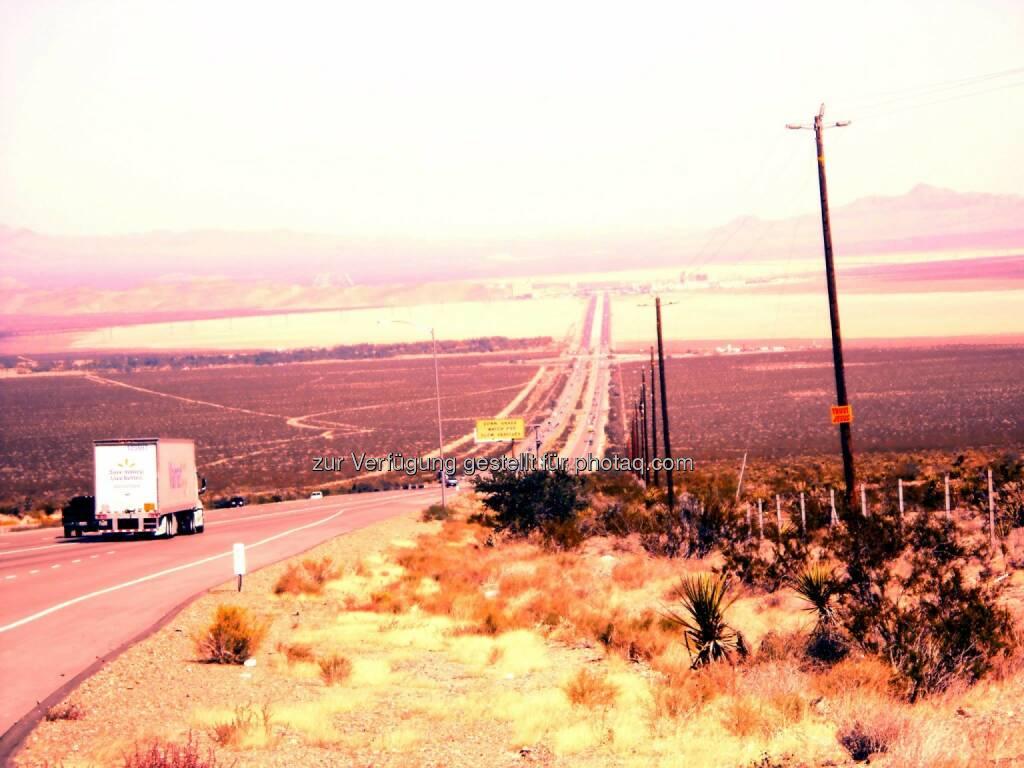 Desert Highway (2013) , © Dietmar Scherf (17.02.2014)