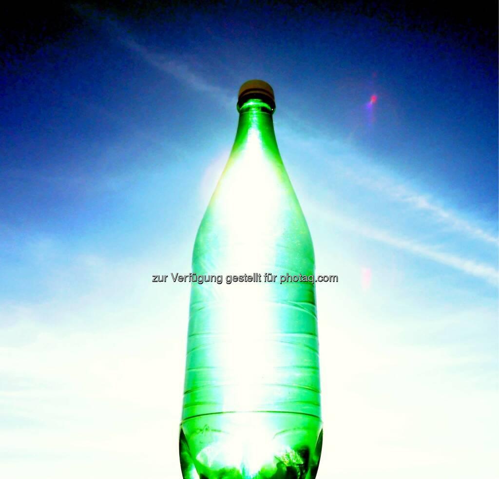 Clean Energy, Flasche (2014) , © Dietmar Scherf (17.02.2014)